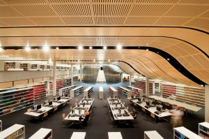 Sydney Law Library: chockerblock full of laws and non-law students