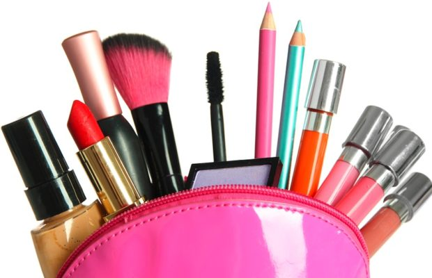 PW-cosmetic-case-shutterstock