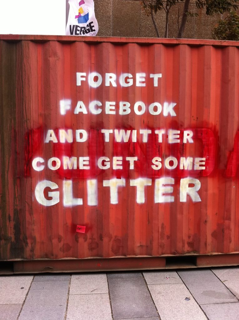 glitter-container
