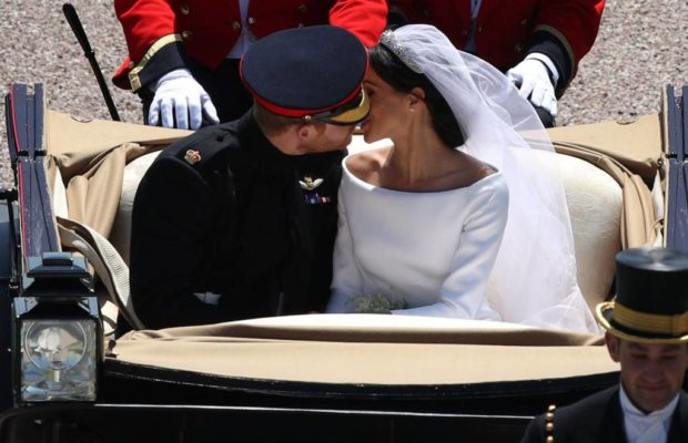 rs_1024x759-180519074919-1024-meghan-markle-prince-harry-second-kiss