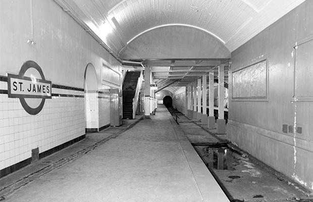 tunnel club 5