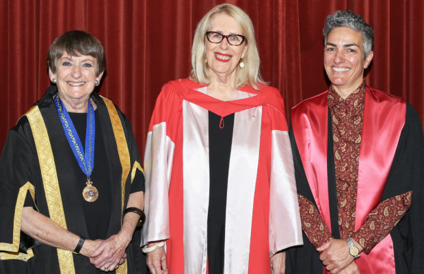 Anne Summers (middle) poses with Dorothy Hoddinott (left) and Annamarie Jagose (right). Image credit: USyd.